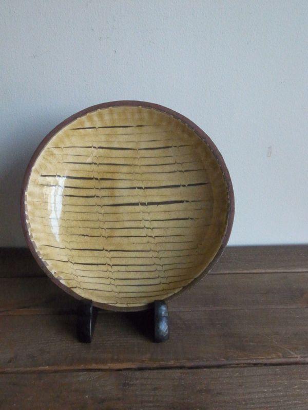 画像1: 山田洋次 スリップウェア8.5寸皿