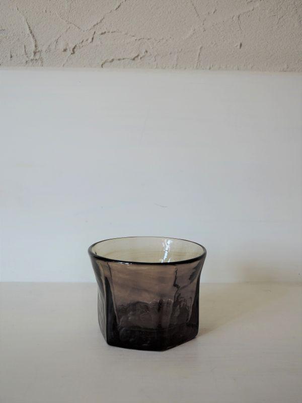 画像1: 石川硝子工藝舎 六角ぐい呑み(茶)