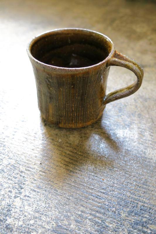 画像1: つくも窯・十場天伸 薪窯マグカップ(飴)