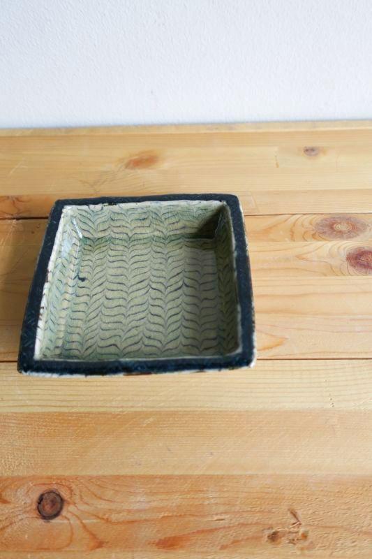 画像1: 掛谷康樹 練上手角鉢(4寸)