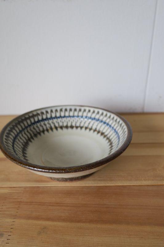 画像1: 小代焼ふもと窯 5寸鉢(飛びかんな)