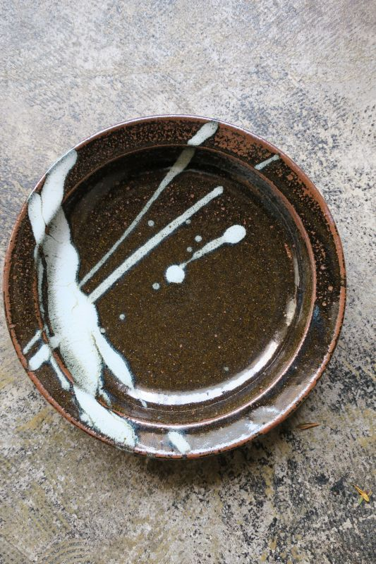 画像1: 小代焼ふもと窯 八寸リム皿(1)